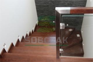 13b - schody na beton, dywanowe