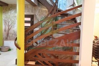 17s - schody policzkowe samonośne